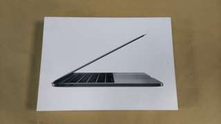 天生拍賣_Macbook Pro 13吋 太空灰