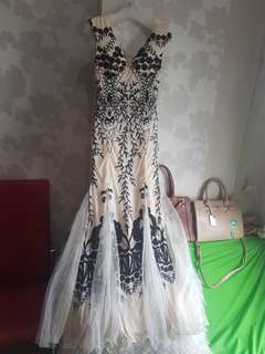 Long dress party natural fit to L