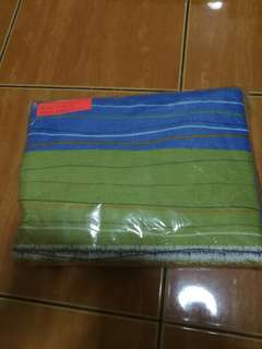 Single bedsheet with 2 pillow cases