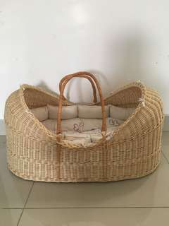 Moses Basket with 20kg Rocking Steel