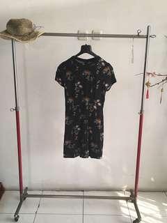 Black Flower Patterned Dress