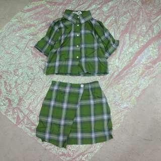 兩件式套裝格子襯衫+斜扣造型格子短裙