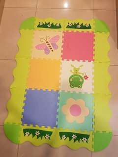 CHILDREN/Baby Playmat -THICK ( FANCY BUGS)