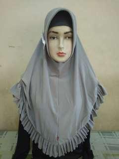 Jilbab kerut samping