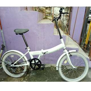 PRIMARY FOLDING BIKE (FREE DELIVERY AND NEGOTIABLE!)