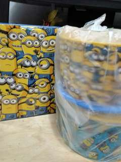 Minion giggle canister
