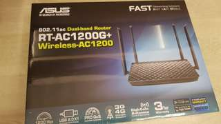 Asus Dual-band router RT-AC1200G+