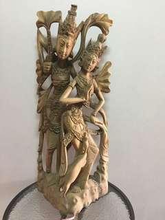 Patung ukiran kayu