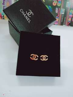 Chanel design Rose 🌹 GOLD earing
