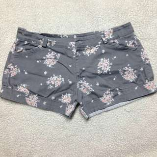 Floral Short 💕