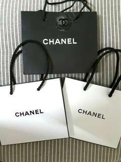 Chanel 紙袋仔 $100/3