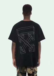 Off white tee in blk or white