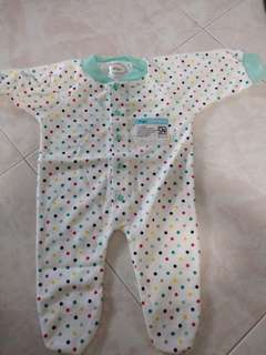 🚚 Polka dots Baby Romper ( have a yellow stains) NEW