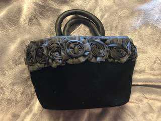日本黑色絨面精緻手提包