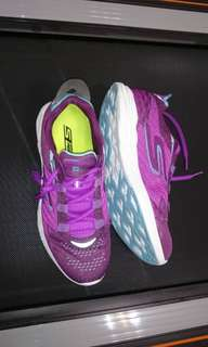 Skechers uk5