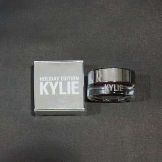 Kylie Cream Shadow - GOLDEN PLUM