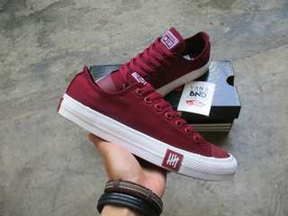 Converse Undefeated Low Portroyale