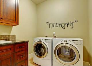 58*35cm Laundry Wall Decal