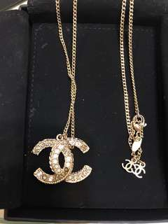 Chanel Necklace 大logo