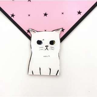 Meow acrylic brooch