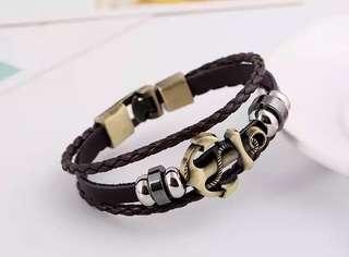 🚚 Anchor Bracelet
