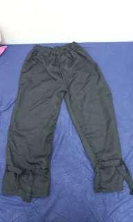 Celana gantung wanita hitam