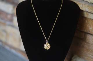 Rose Pendant Necklace Gold