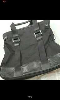 🚚 🎒LEON'S側背手提包🎒#女裝半價拉