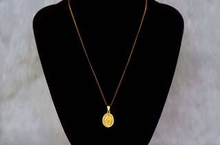 Oval Mother Mary Pendant in Gold Necklace (For Men & Women)