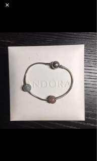 Pandora Essence 手鏈連兩粒珠珠串飾