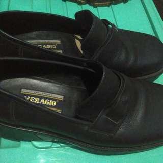 Sepatu pantopel veragio