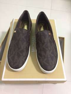 Authentic Michael Kors slip on brown