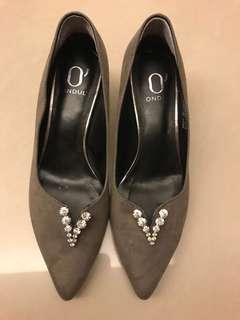 🚚 達芙妮-二手-24號-時尚灰-三公分跟鞋