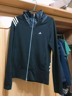 🚚 Adidas 正品運動外套 (男女皆可)
