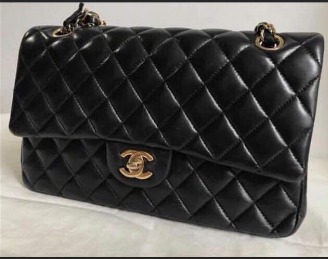 1188e031682 AUTHENTIC CHANEL HANDBAG FOR RENT
