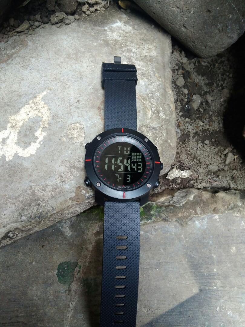 Jam tangan SUUNTO trevers