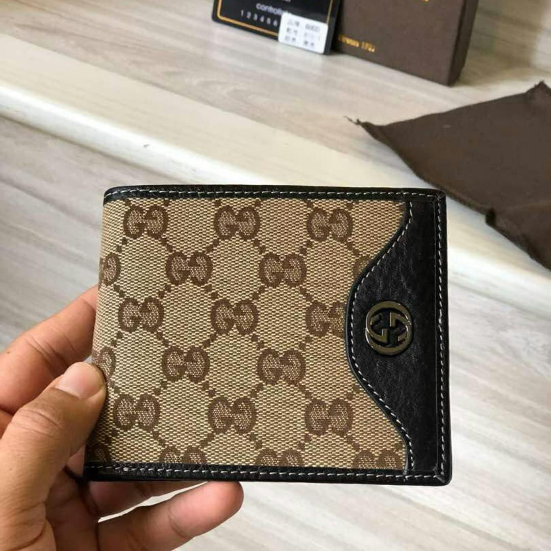 480c06a34f0297 MEN SHORT WALLET 2018, Men's Fashion, Bags & Wallets, Wallets on Carousell