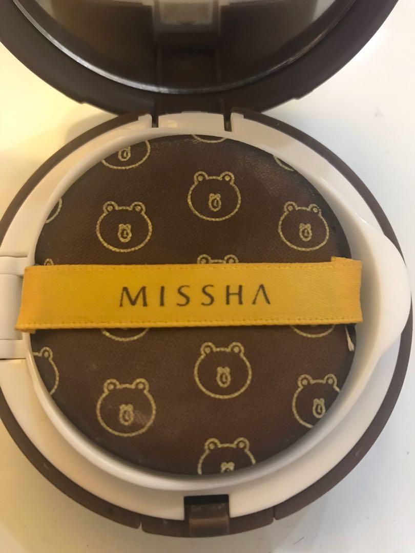 Missha Magic Cushion Line Edition Brown Kesehatan Kecantikan Set Spf50 Pa Free Refill Dan Extra Puff 21 Light Beige Bagikan Barang Ini