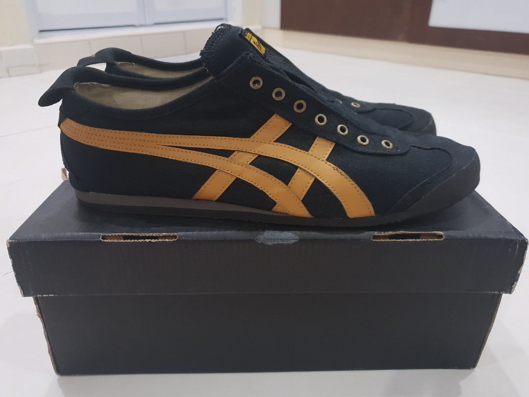 brand new d9d21 4450c Selling Onitsuka Tiger Mexico 66 Slip-on Shoes