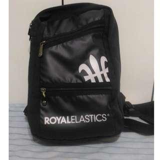 🚚 【清櫃】ROYAL ELASTICS 挑戰系列運動機能背包