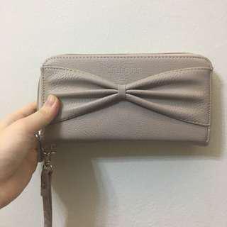 S.T. Louis Taupe Bow Tie Wristlet Rectangular Long Zip Wallet Pouch Purse Clutch
