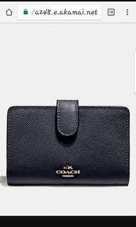 🚚 Brand New Coach Medium Corner Zip Wallet