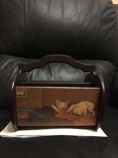 復古風格 仿Vintage Hand made,貓仔遙控器架/雜物架,木製。因為是仿復古,實物如同相片,原價$299