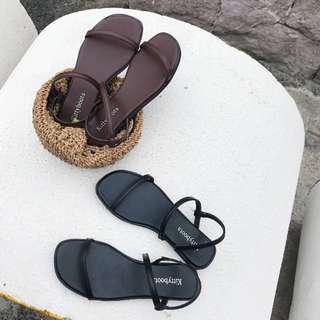 🚚 熱銷🔥簡約雙繞帶方頭平底涼鞋 :::: SIVIR老闆娘最愛歐美拖鞋韓國羅馬鞋細帶簡約一字mercci22漢娜nude