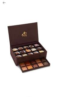 GODIVA Royal suede box of assorted chocolates 300g 30 pieces 錦盒絲絨雜錦朱古力