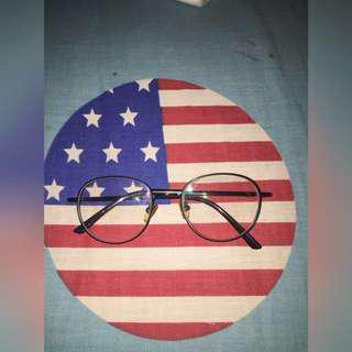 Vintage Glasses+Free Pouch