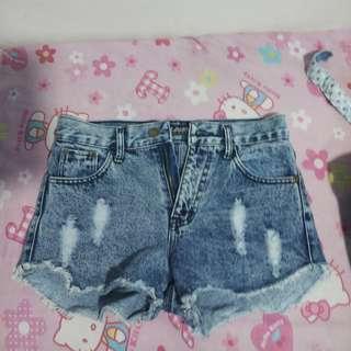 denim shorts/skirt/jeans
