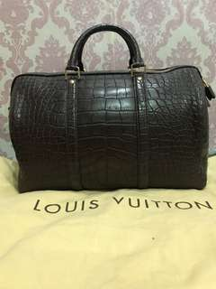 LV MEN TRAVEL BAG 💯 authentic and original