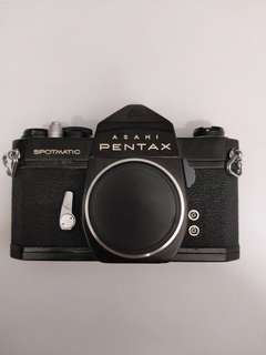 pentax spotmatic sp film camera (body with film)