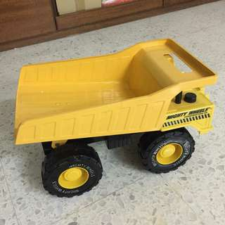 Metal Toy TRUCK - size 30cm X 20cm
